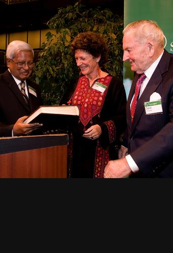 Fazle Abed, Peggy Dulany, and David Rockefeller at University for a Night 2008